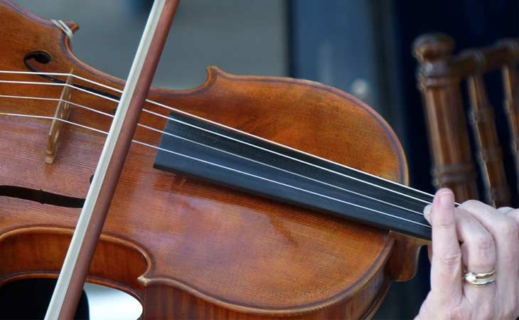 Things To Know Before You Start Playing An Instrument